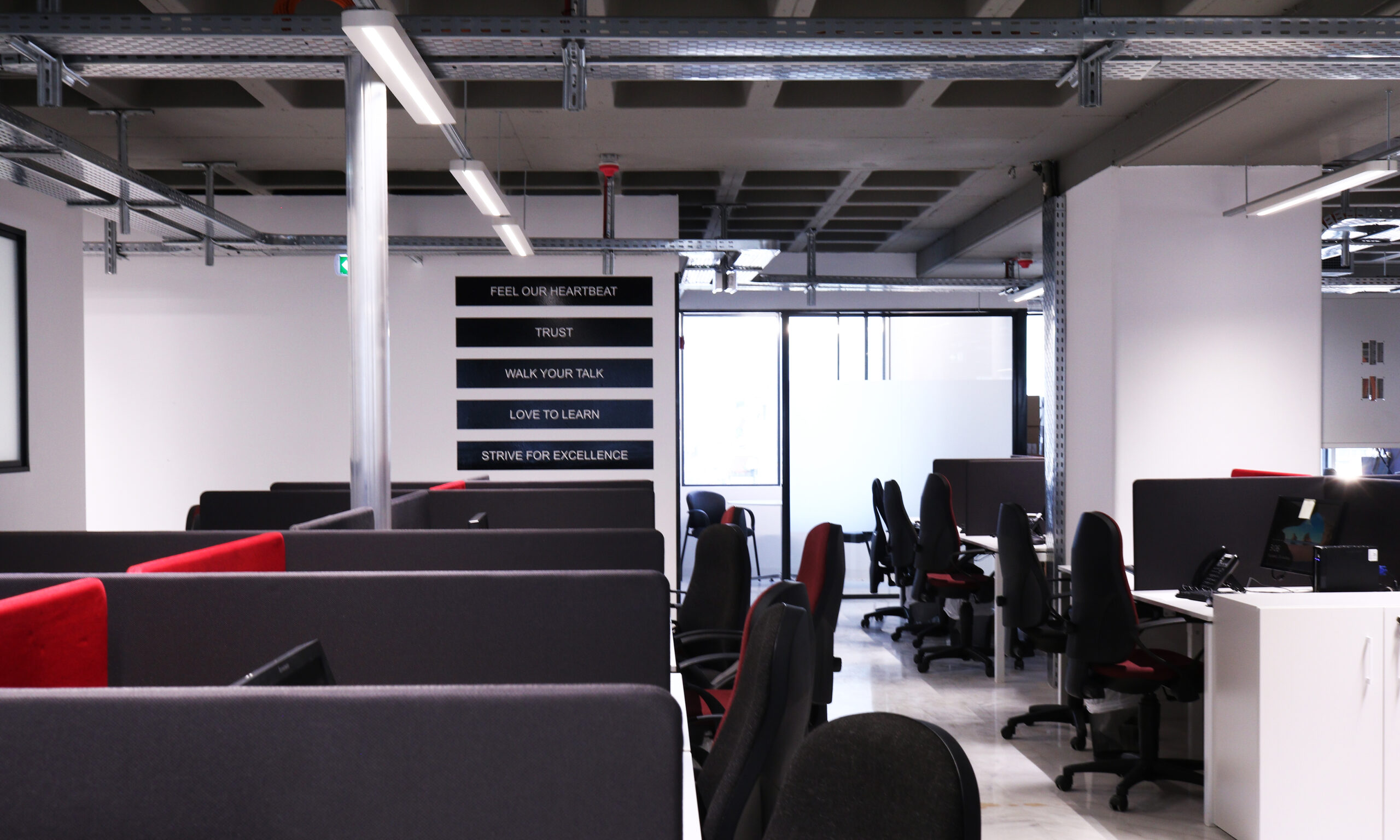 1300sqm OFFICE SPACE